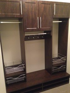 mudroom wall unit with baksets